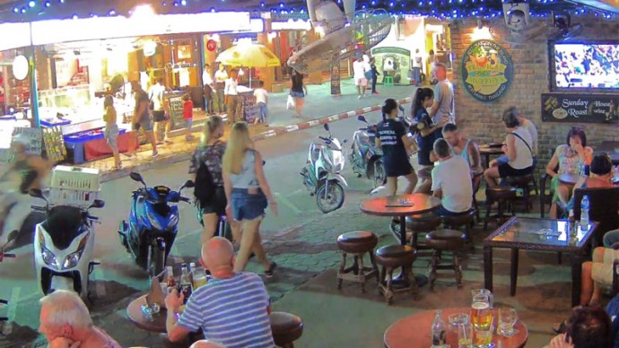 Thailand, Koh Samui, Chayweng Beach, Tropical Murphy's Bar & Restaurant. Webcam online.